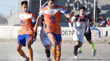 Moreno fue contundente. El sábado venció a Brown 3 a 0 y ayer se sacó de encima a Alumni, por 2 a 0, y se adjudicó la zona de Puerto Madryn.