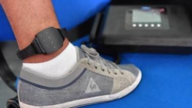 Las pulseras electrónicas permitirán un mayor control a los internos.