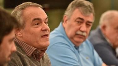 Debate. Marcelo Fernández junto a Héctor González analizaron la situación económica de la provincia.