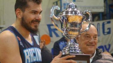El pívot Héctor Martirena viene de ser campeón con Racing de Chivilcoy.