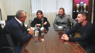 Beccacece, Nico Diez y Bressan acordaron con Tapia su desvinculación de la selección.