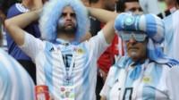 Las historias más increíbles de los hinchas argentinos que están en Rusia ahora que se fue la Selección.