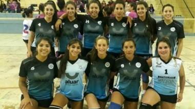 Unos 15 equipos de la Liga Social de Voley disputaron las finales.