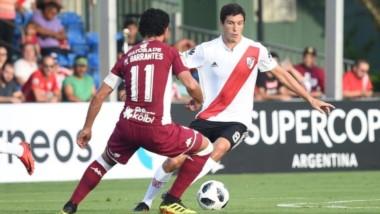 River le ganó a Saprissa por una gran jugada colectiva que terminó en el 1-0 de Nacho Fernández.