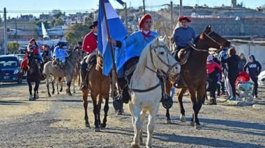 Las agrupaciones gauchas coronaron el festejo  tras desfilar por  la zona oeste de la ciudad.