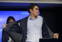 Javier Iguacel no mostró mayor preocupación por la decisión del fiscal de acusarlo de abuso de autoridad.