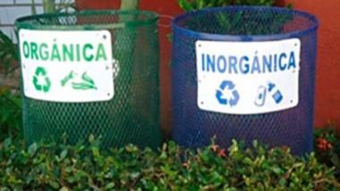 Residuos orgánicos e inorgánicos deberán separarse en los hogares.