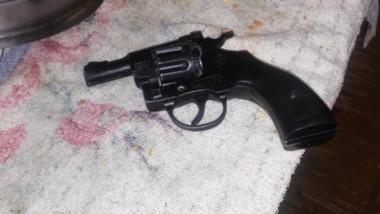 Dos armas fueron secuestradas en el procedimiento policial de alto riesgo y resultados positivos.
