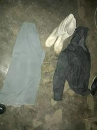 Las botas y la ropa secuestrada al atacante de la nena.