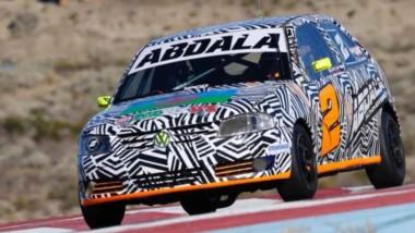 """Emanuel Abdala se quedó con la victoria en la categoría Gol 1.6 en el autódromo """"San Martín"""" de Comodoro."""