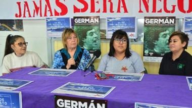 Anticipo. Florencia Kellin, Claudia Barrionuevo e  Hilda Fredes brindaron una conferencia de prensa.