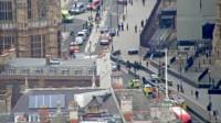 Varios heridos tras el choque de un automóvil ante el Parlamento británico en Londres.