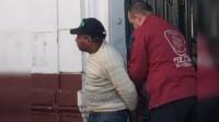 En el momento de la detención, el albañil fue increpado e insultado por personas que se acercaron al lugar.