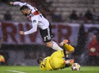 Belgrano, con un buen planteo defensivo y su arquero Rigamonti como figura, le robó un empate a River.