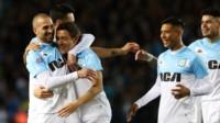 Racing viene de ganarle en el Cilindro a Vélez, por 2 a 0.