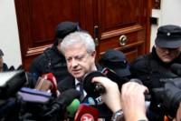 Carlos Beraldi, abogado de Cristina Kirchner, denuncia que lo hicieron salir del allanamiento en Recoleta.