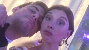 Sabrina Antonioli Ango, la víctima y Juan Ignacio Ploticia, su esposo. ambos fueron atacados brutalmente por el albañil. (Facebook)