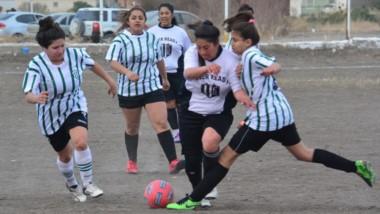 """El """"Albinegro""""  fue concluyente ante Germinal Verde y Blanco, que sumó su segunda goleada consecutiva."""