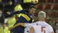 Gago jugó los noventa minutos. Boca no pudo resolver el planteo de Huracán.