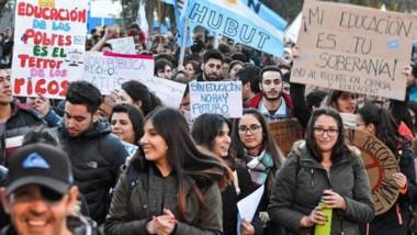 Las universidades se sumarán a los reclamos nacionales.