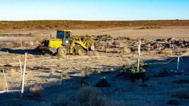 Desde el municipio se llevó adelante la limpieza de algunos lotes a través de la maquinaria.