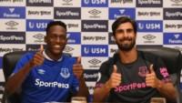 Yerry Mina y André Gomes ya posan juntos en el Everton.