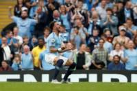 Con goles de Sterling y Walker, el City derrotó al Newcastle.