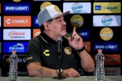 Diego Maradona fue presentado en Dorados:
