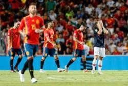 Niguez, Asensio, Kalinic (e/c), Rodrigo, Ramos e Isco marcaron los tantos españoles.