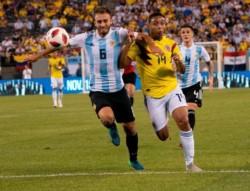 El primer tiempo de la Selección fue interesante, transformando a Ospina en figura.