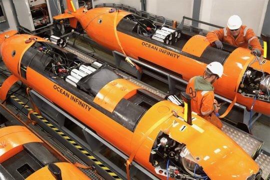 Las sondas del  Seabed Constructor detectaron un objeto de 55 metros de largo en las profundidades.