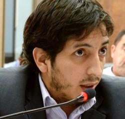 El concejal de Rawson del PJ-FpV, Federico González.