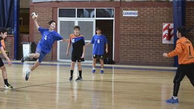 En el handball masculino, Trelew conquistó la categoría Menores y Comodoro lo hizo en Cadetes.