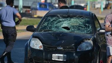 El siniestro vehicular se cobró la vida del hombre en una zona urbana por donde se circula a alta velocidad.