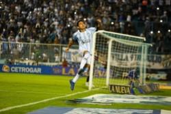 Con hat trick del Pulga, Atlético Tucumán goleó a Tigre en el Jardín de la República.