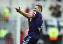 Mora fue titular y fue la figura del partido. El uruguayo marcó un doblete y pide pista.