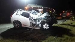 El vehículo de De la Sota, totalmente destruido. (Foto Diario Resumen de la Región)
