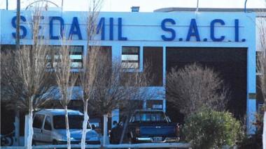 Desde Sedamil justificaron las suspensiones por la caída en la producción y los problemas económicos y financieros de la compañía.