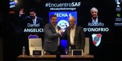 Angelici y D'Onofrio juntos en la presentación del partido.