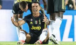 Dos penales, tras la expulsión de Cristiano, le dieron el triunfo a Juventus frente a Valencia.