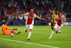 De la mano de Tagliafico, Ajax arrancó afilado frente al AEK.