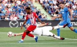Un inspirado Lemar lidera al Atlético Madrid en triunfo sobre Getafe.