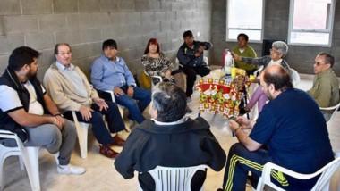 Autoridades municipales se reunieron con presidentes barriales.