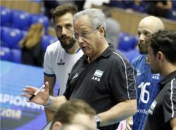 Se despide Julio Velasco como DT, sin cumplir con las expectativas deportivas que generó.