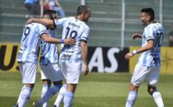 Atlético Tucumán de gran campaña, viene de perder su invicto en Mendoza ante Godoy Cruz y quiere volver al triunfo.