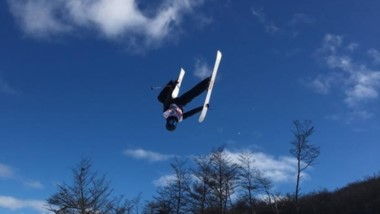 Fabricio Guglielmetti, volando por los aires en el Ski Free Style.