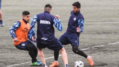 Brown cumplió fecha libre el pasado fin de semana y encara esta semana pensando en Olimpo de Bahía.