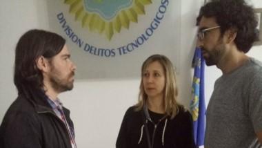 En la división de delitos tecnólogicos, se hizo la denuncia a las amenazas de muerte a Nicolás del Caño.