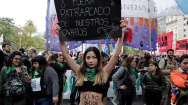Miles de mujeres se movilizarán este viernes en todo el mundo para sumarse al Día Internacional por el Derecho al Aborto Seguro.