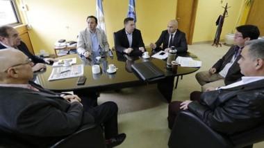 El encuentro entre los funcionarios municipales con el Gobierno para mejorar el transporte urbano.